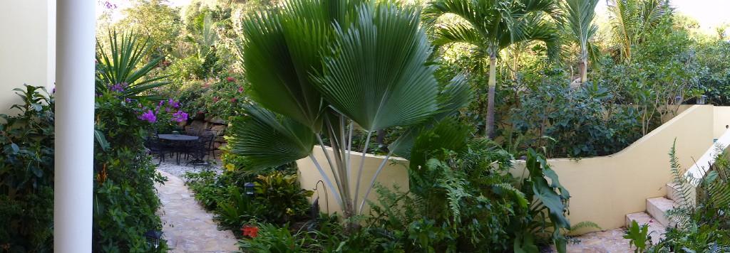 AnaCapri Estate Front Entry Garden