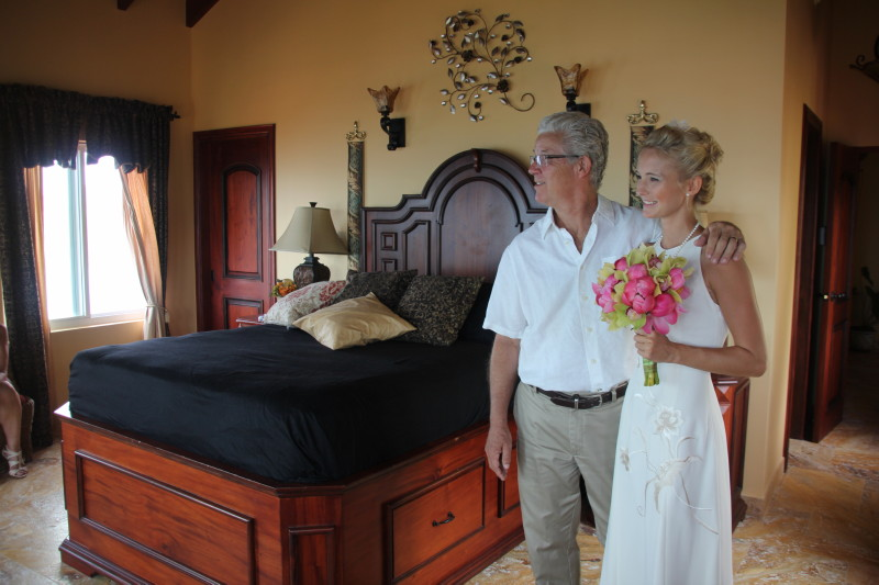 The AnaCapri Estate Master Bedroom makes for a great place for the bride to prepare for the wedding ceremony